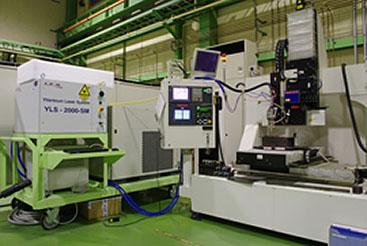 2kWシングルモードファイバー レーザ(リモート溶接、溶接、切断)