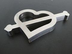 ステンレス鋼のファインカット 10mmt